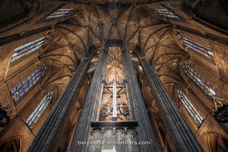 oliver-blum-Cathedral-04.jpg